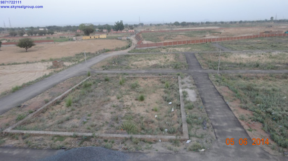 residential plot on nh8